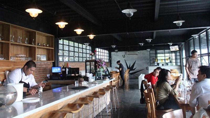 Upper-East-Cafe